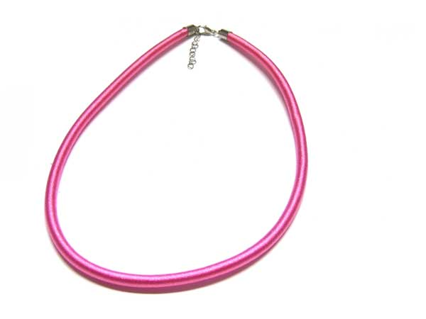 Satincollier pink 5,5 mm